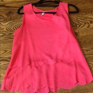 Tops - scalloped coral top